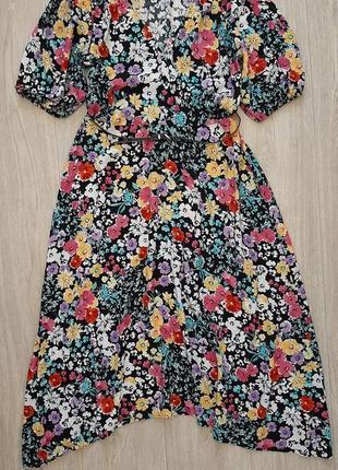 Очень красивое, яркое платье в цветах вискоза f&f, размер m-l.