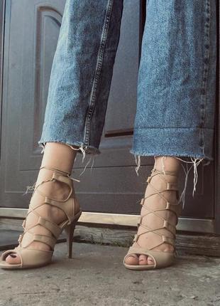 Туфли на шнуровке guess на шпильке (лимитированная коллекция)
