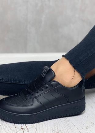 Кроссовки под бренд6 фото