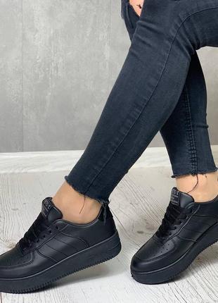 Кроссовки под бренд5 фото