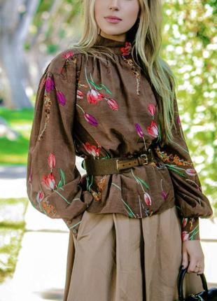 Женственная блуза с объёмными рукавами принт цветочный