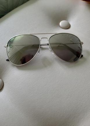 Очки от солнца,капли,солнцезащитные,h&m.
