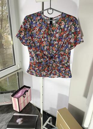 Футболка блузка envii s м в цветочный принт