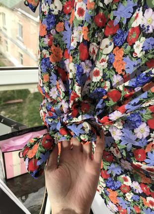 Футболка блузка envii s м в цветочный принт4 фото