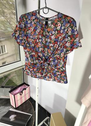 Футболка блузка envii s м в цветочный принт2 фото