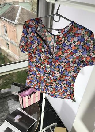 Футболка блузка envii s м в цветочный принт6 фото