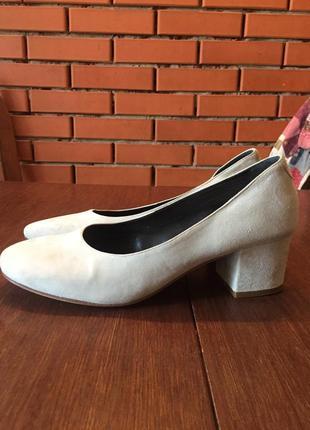 Легкие замшевые  туфли ballin 41 р ( 27 см).3 фото