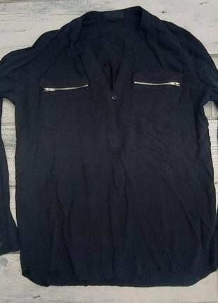 Блузка с замками