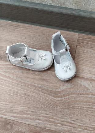 Туфельки pex на девочку 19 размер ,стелька 12 см .