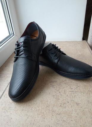 Летние туфли с перфорацией кожа