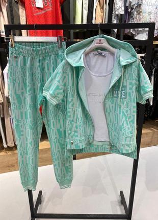 Стильный летний костюм тройка, люкс качество стамбул, размер л.