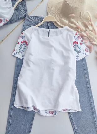 Натуральная блуза с вышивкой3 фото