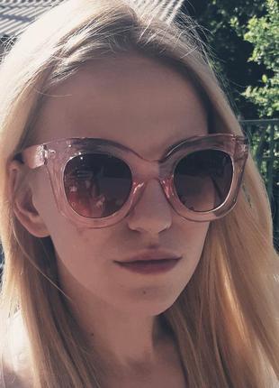 Тренд 2021: очки cat eyes с цветным стеклами!