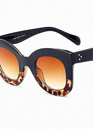 Трендовые очки с поляризоваными линзами