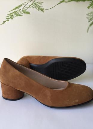 Ніжні класичні туфельки ecco shape 35 281803 розмір 40