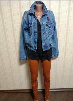 Dawntown классическая джинсовая куртка с качественной вышивкой на груди3 фото