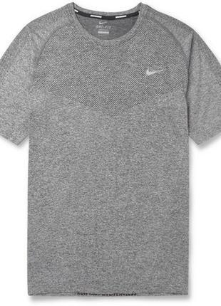 Nike спортивная футболка оригинал