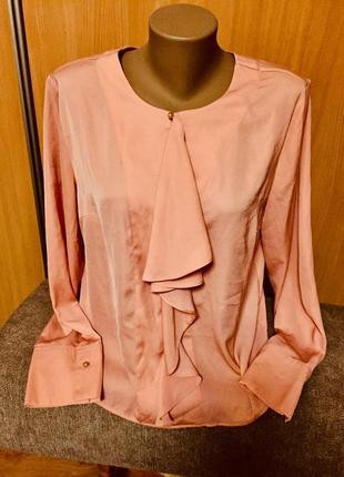 Очень красивая и эффектная блуза
