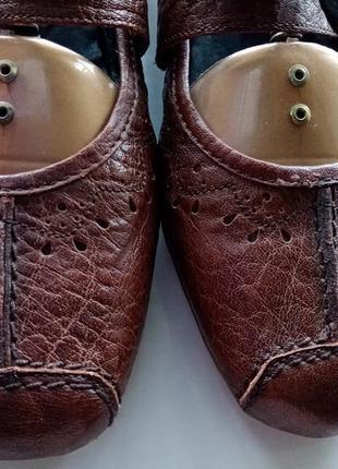 Кожаные лоферы с пуговицей туфли с перфорацией на низком ходу размер 407 фото