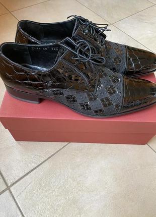 Классические мужские туфли roberto rossi