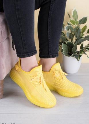 Кроссовки текстильные жёлтые2 фото