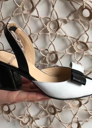 Шкіряні туфлі, босоніжки елітна колекція. італійські стандарти. кожаные босоножки с бантом3 фото