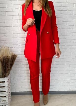 Стильный костюм , брюки прямого кроя и жакет, белый, красный