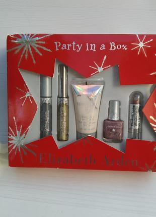 Набор косметики party in a box elizabeth arden