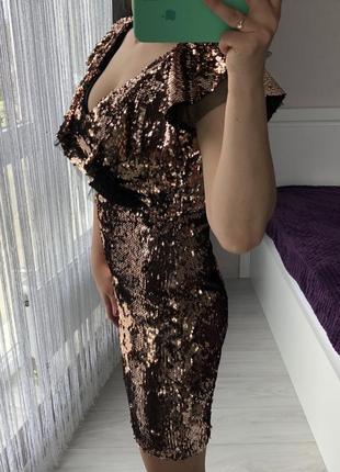 Платье в пайетки. вечернее платье