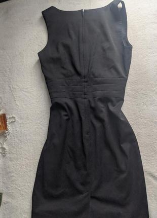 Класична чорна сукня h&m3 фото