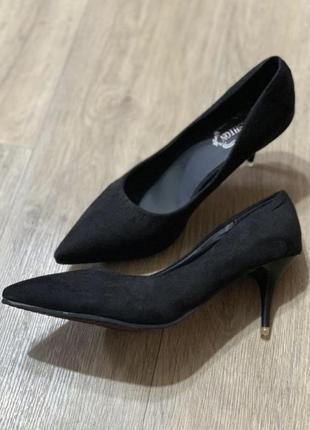 Туфли лодочки лебутен1 фото