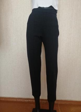 Стильные брюки maxmara