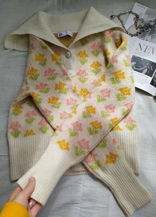 Шерстяной трендовый свитер в цветочек поло8 фото