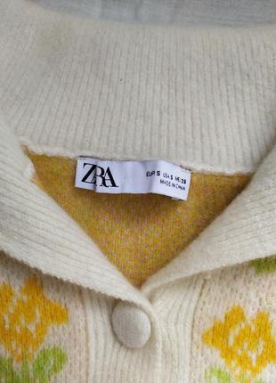 Шерстяной трендовый свитер в цветочек поло4 фото