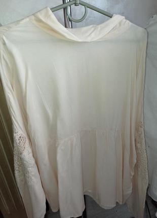 Блуза с вышивкой 48/50р1 фото