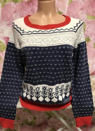 Тёплый свитер/красивый принт-орнамент