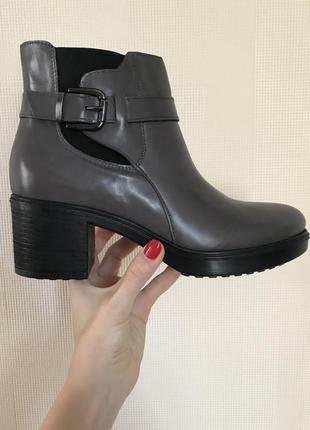Итальянские кожаные ботинки на межсезонье