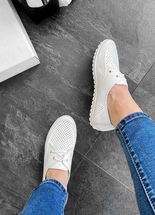 Кожаные женские белые туфли мокасины с перфорацией на шнурках натуральная кожа5 фото