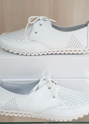 Кожаные женские белые туфли мокасины с перфорацией на шнурках натуральная кожа9 фото