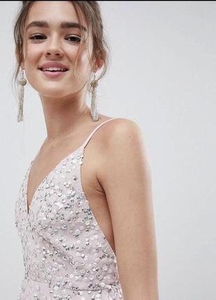 Трендовые платье с открытой спиной 2021 asos2 фото