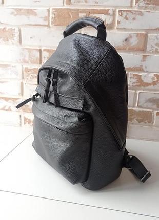 Качественный прочный кожаный рюкзак/ черный рюкзак