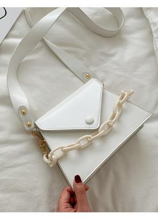 Молодежная сумка новая сумочка белая