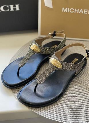Босоножки michael kors logo plate leather sandal кожа оригинал2 фото