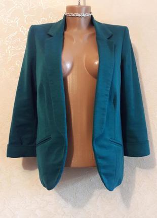 Красивый стильный сине-зеленый блейзер пиджак