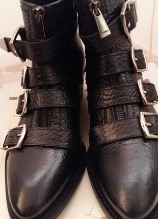 Ботинки казаки  pinko
