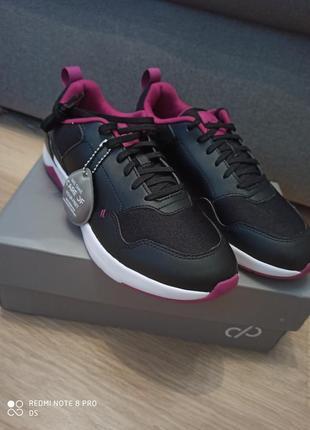 Стильные черные кроссовки кросівки care of puma 24 см