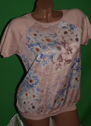 Красивая нежная блуза (м замеры) с цветочным узором, отлично смотрится