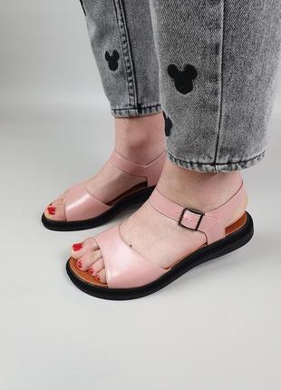 Женские кожаные босоножки на низком ходу цвет розовый