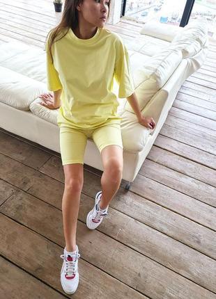 Базовый костюм: футболка и велосипедки4 фото