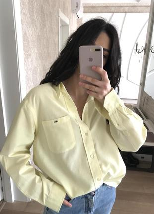 Офигенная рубашка оверсайз лимонного цвета от lacoste оригинал!